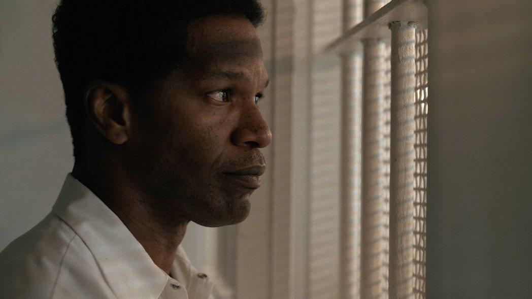奧斯卡影帝傑米福克斯在「不完美的正義」中飾演冤獄罪犯。圖/華納兄弟提供
