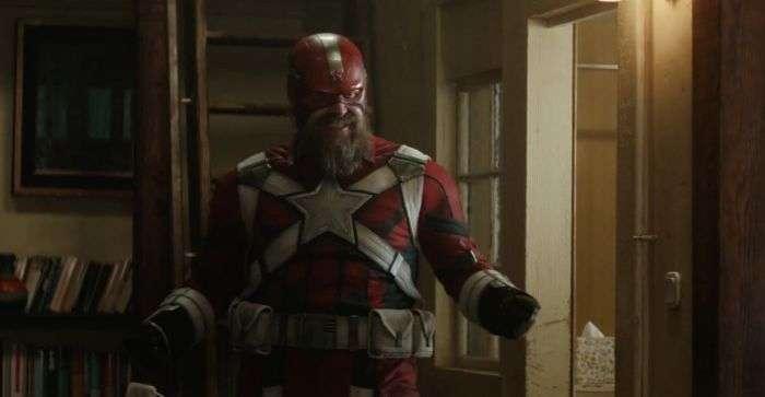 大衛霍伯在「黑寡婦」裡飾演「紅衛兵」阿列克謝肖斯塔科夫。圖/Youtube截圖