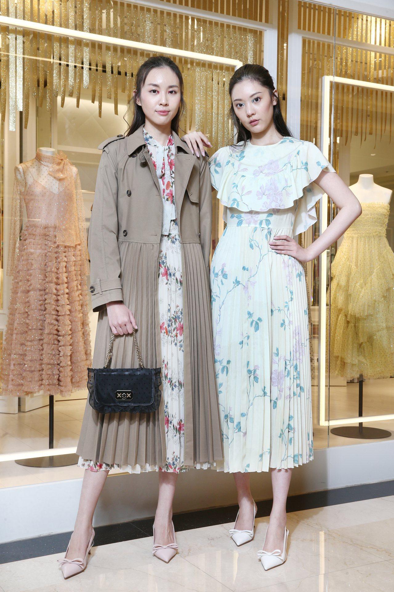 (左)REDValentino細襇壓褶風衣64,800元,印花洋裝45,800元...