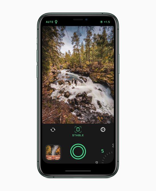 iPhone年度最佳App「Spectre相機」可輕鬆拍出驚人長時間曝光照片。圖...