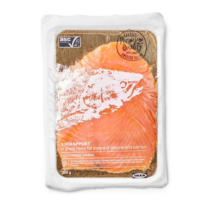 IKEA SJÖRAPPORT煙燻鮭魚,售價320元。圖/IKEA提供