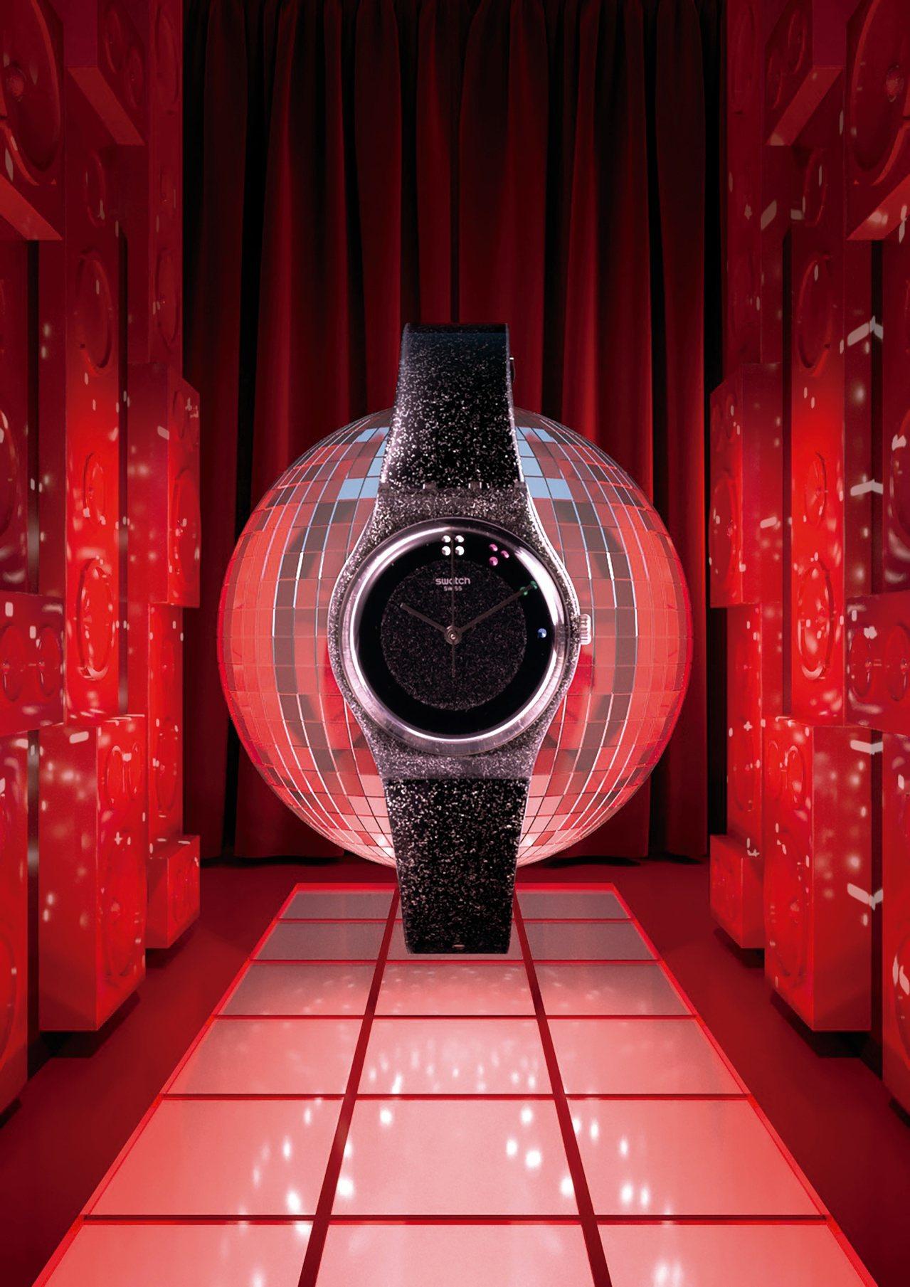 SWATCH「黑色耶誕」SCINTILLANTE腕表,限量5,005只,3,15...