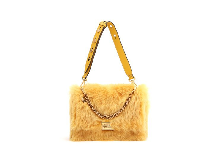 FENDI Kan U手袋,售價13萬元。圖/FENDI提供