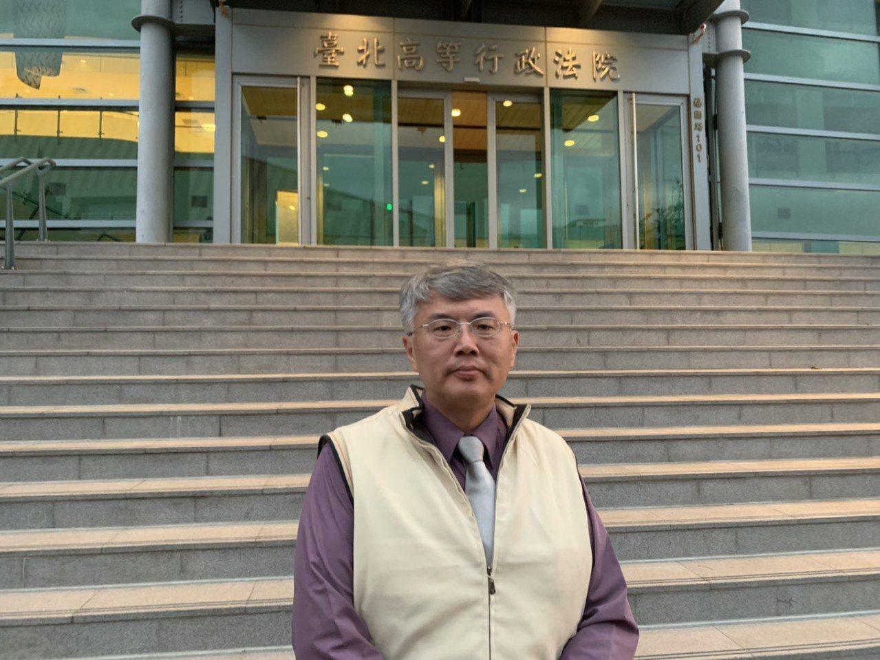 前檢察官王全中參選立委,向法院聲請定暫時狀態假處分。記者賴佩璇/攝影。