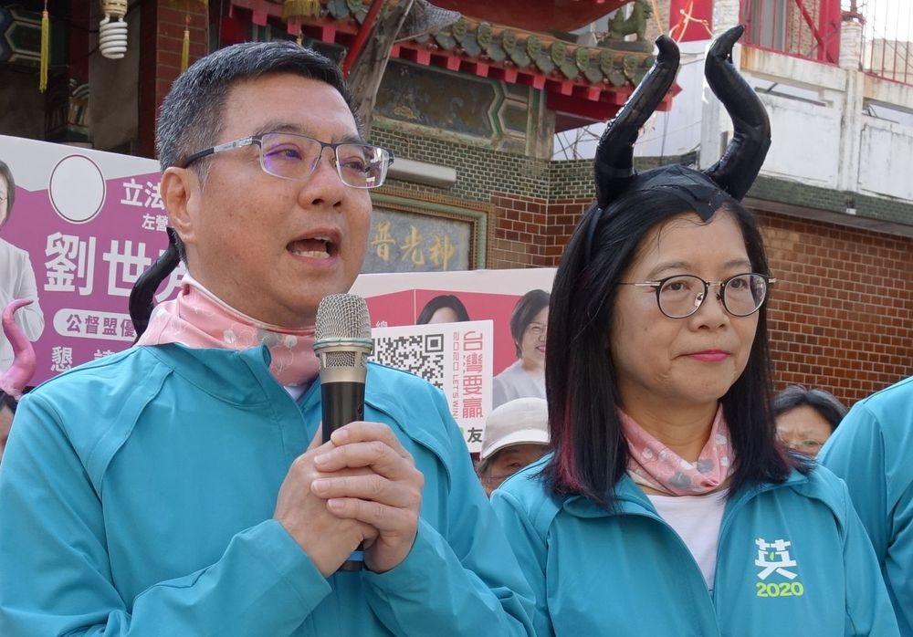 民進黨主席卓榮泰與立委管碧玲幫立委輔選。圖/聯合報系資料照片