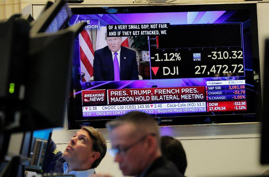 美中貿易協議進展與川普談話影響美股走勢。(美聯社) 路透社