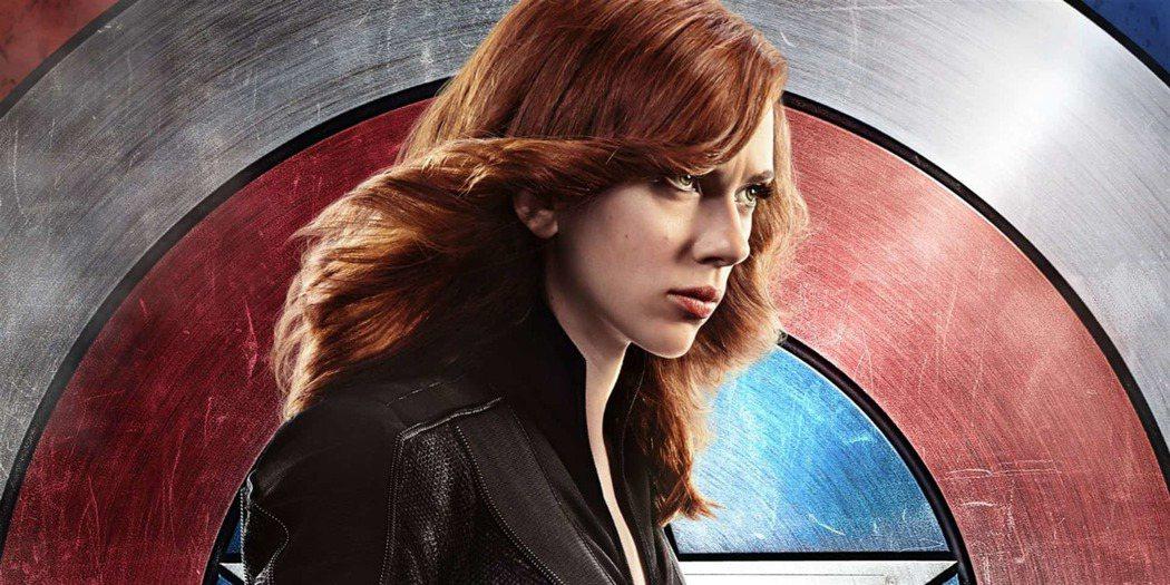 《美隊3》娜塔莎最後選擇相信好友,放走美國隊長後變成通緝犯。