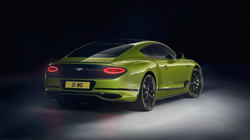 螢光綠搭配上亮黑色,帶來強烈視覺感受。 圖/Bentley提供