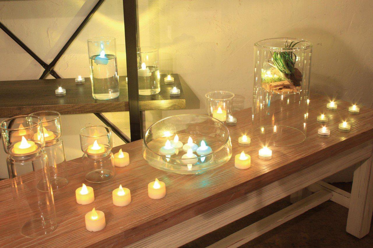 台隆手創館獨家推出飄浮水面創意蠟燭情境燈飾3入,原價280元、特價224元。圖/...