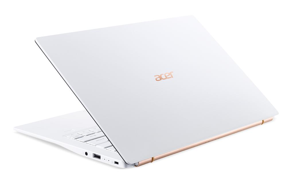 Acer Swift 5白色新款展場正式開賣,價格37,900元起。圖/宏碁提供
