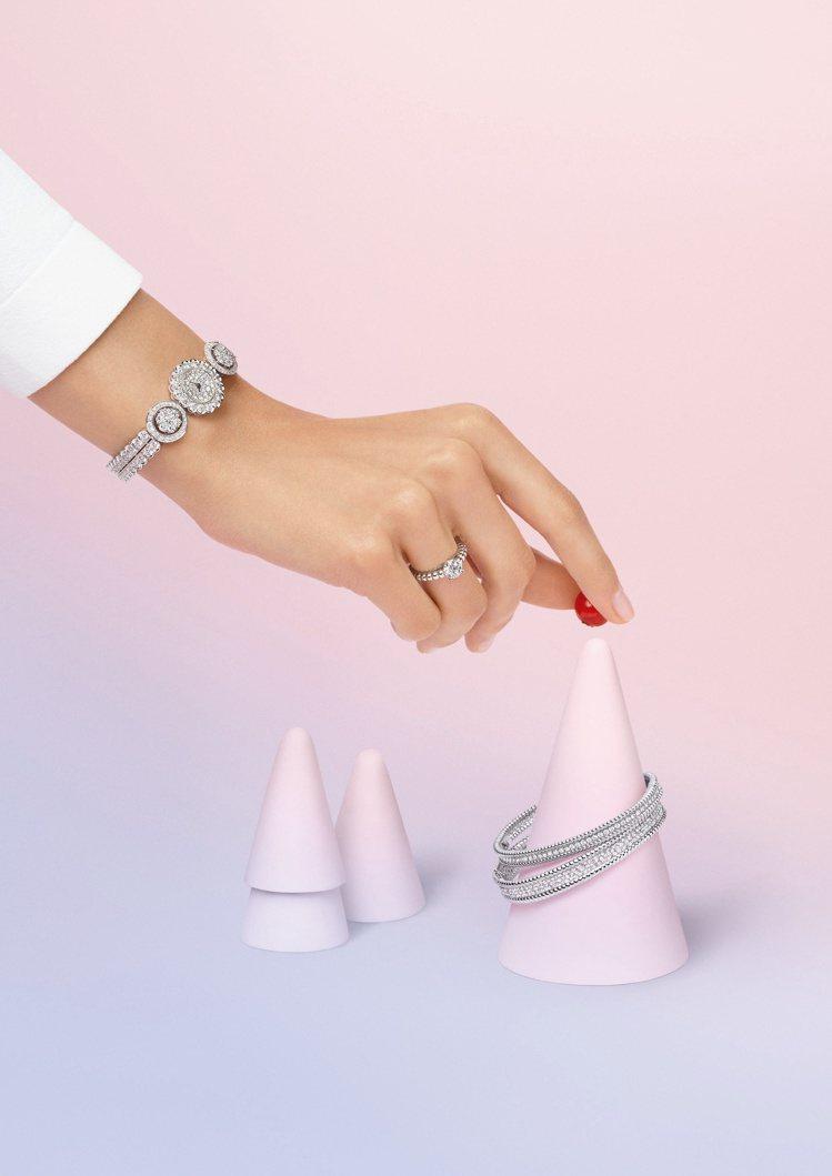 梵克雅寶,Diamond Breeze系列,Perlée腕表,約199萬元;Pe...