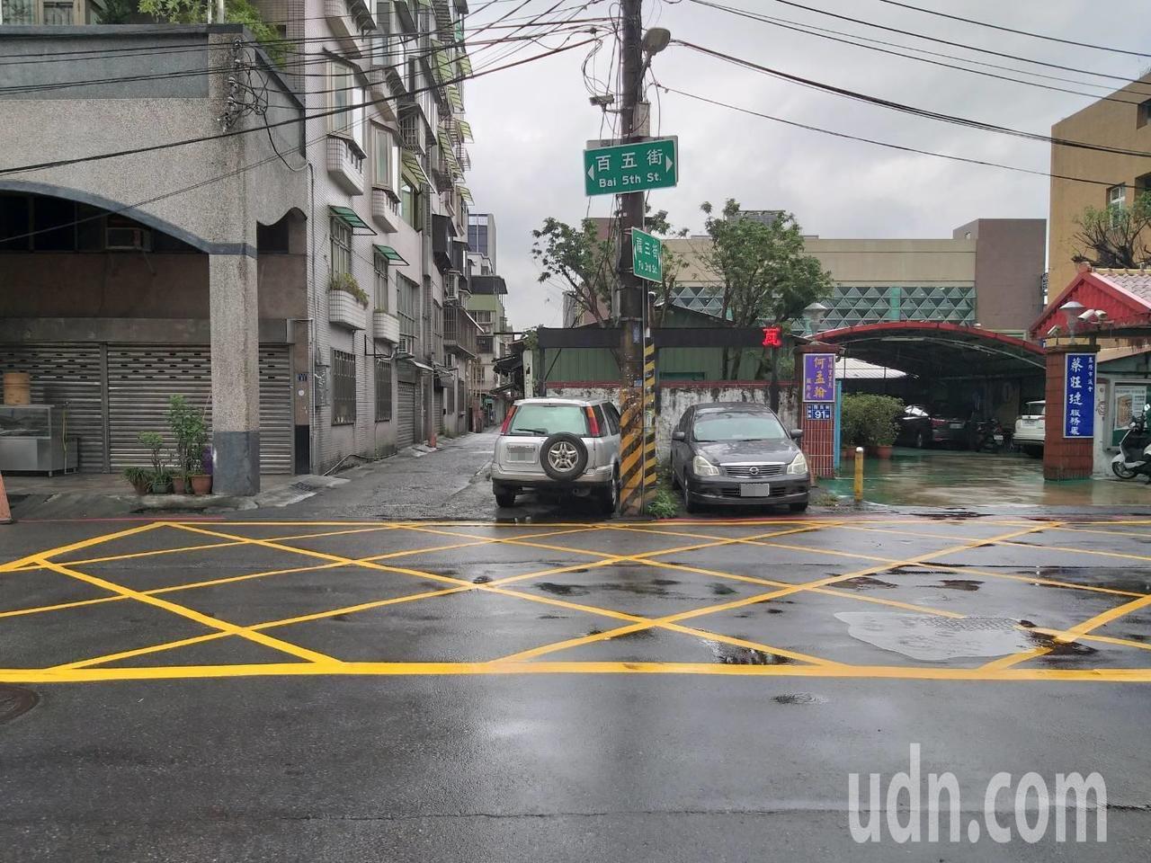 張女開車在福三街、百五街口與林女騎的機車發生車禍,被依過失傷害罪嫌起訴。基隆地方...