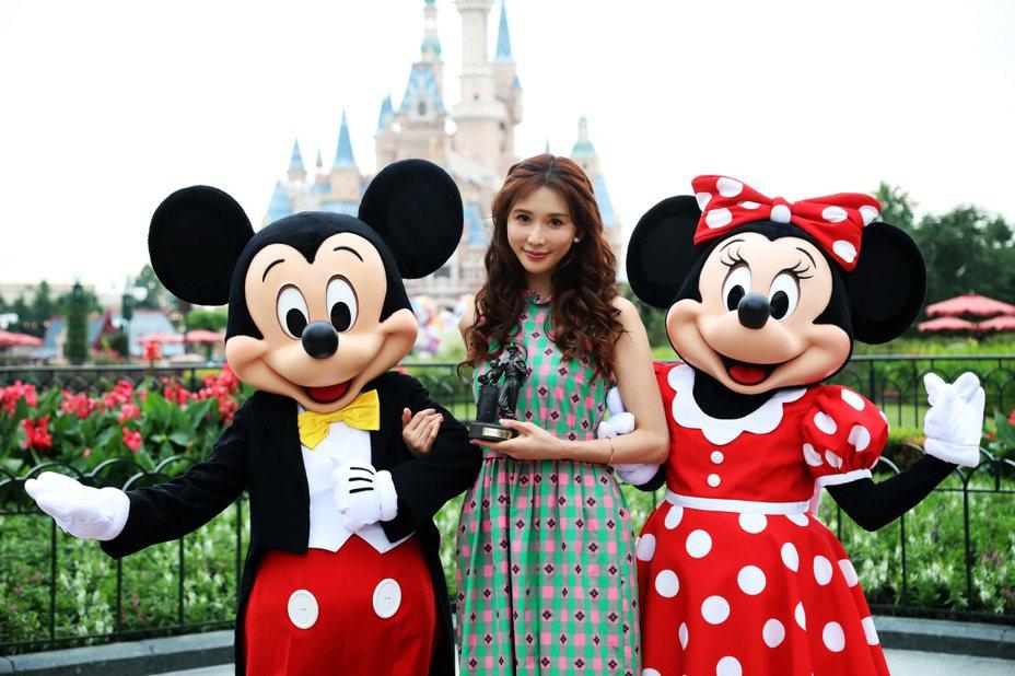今年5月上海迪士尼找來林志玲助陣,成為首位「上海迪士尼度假區明星志願者大使」。(中新社資料照)