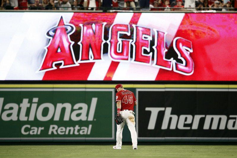天使球團與加州橘郡的安那罕市(Anaheim)達成協議,目前使用的主場可望續留到...