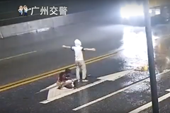 影/情侶路中吵架…女友遭肘擊被車撞死 男獲輕判網怒炸狂剿