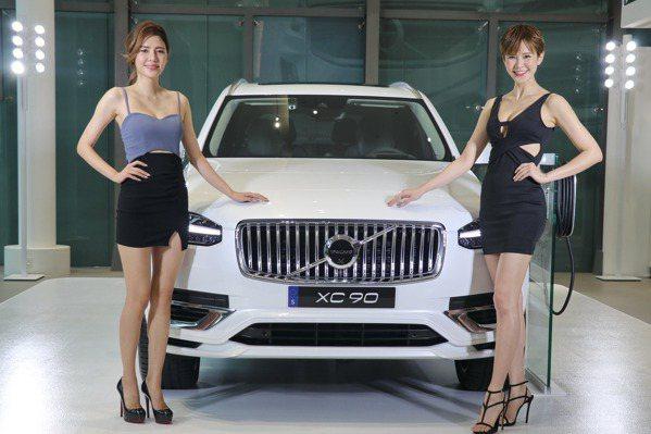 【2020台北車展】北歐豪華風格降臨車展 Volvo XC90小改款現身