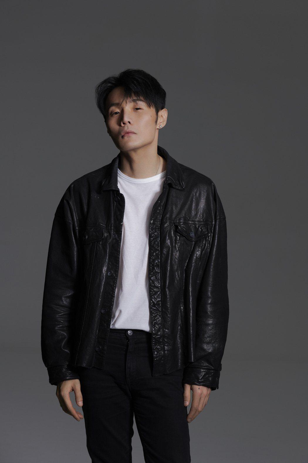 李榮浩推出新歌「麻雀」。圖/華納提供