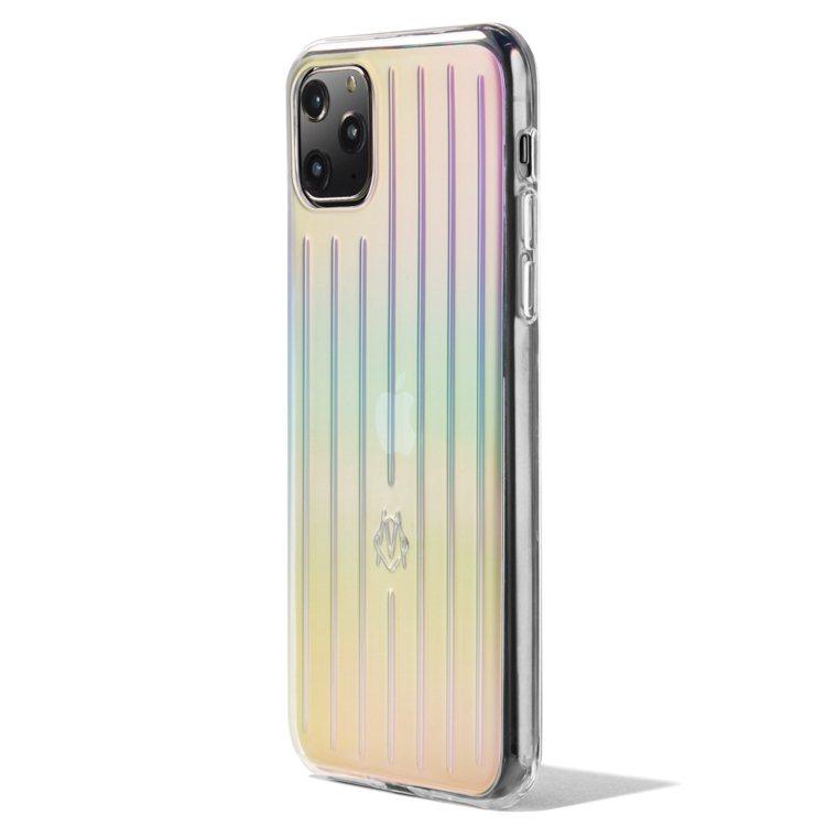 RIMOWA iPhone保護殼,半透明的聚碳酸酯款帶有彩虹色光澤。圖/摘自RI...