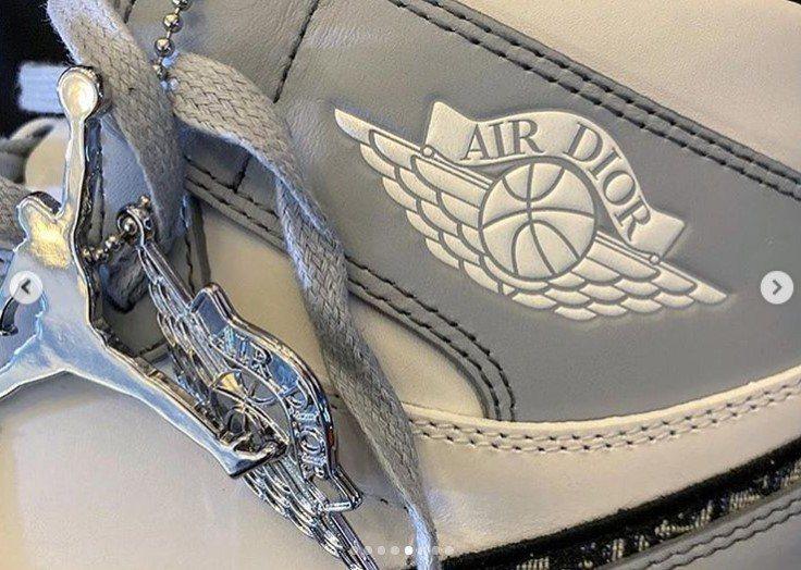 鞋側AIR DIOR設計。圖/取自IG