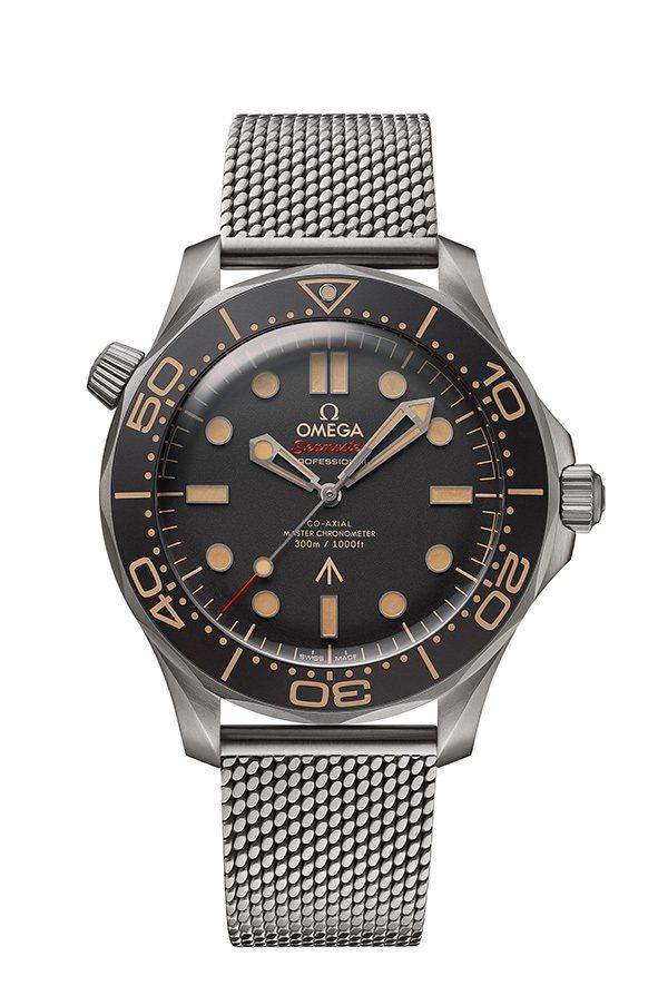 歐米茄特別款海馬潛水300米系列007腕表,鈦金屬表殼、表鍊,鋁質表圈及表盤,約...