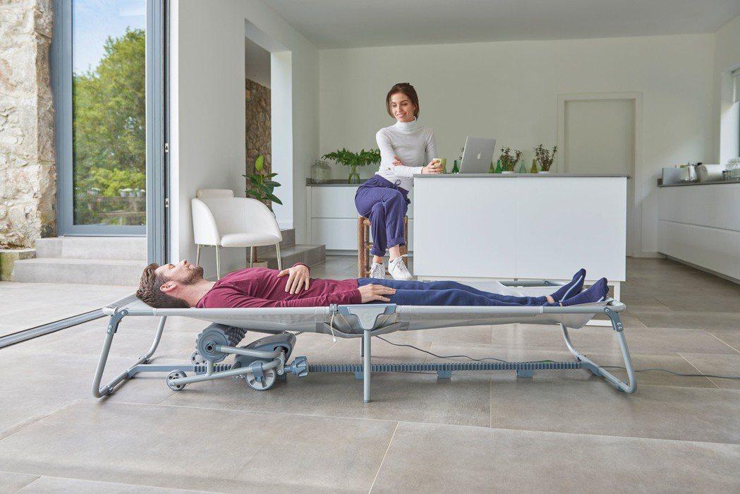 只需60秒即可輕鬆組裝完成,輕鬆自在享受舒適居家生活的小綠 Myo Touch自...