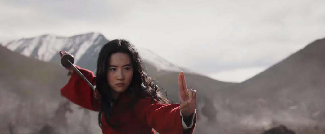 劉亦菲的武打身手在「花木蘭」最新預告被強調。圖/翻攝自YouTube