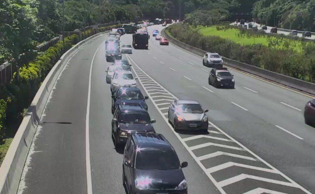 高速公路局目前在全台12處嚴重回堵的交流道出口匝道,設置「天眼」取締違規。圖/國...