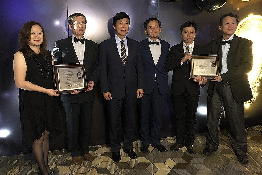 工研院在「2019全球百大科技研發獎」奪得兩項大獎,從12個美國境外獲獎的技術中...