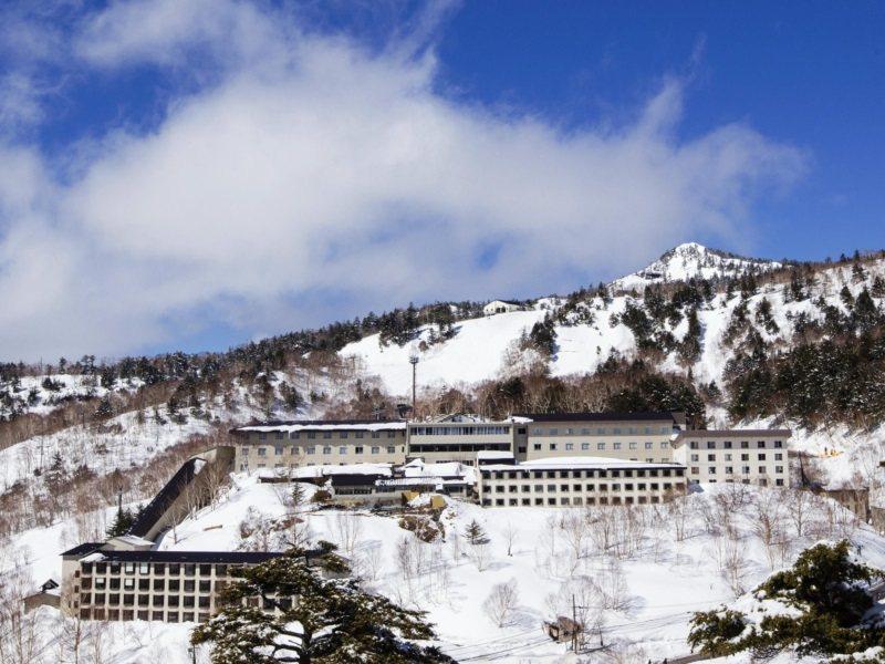 萬座溫泉滑雪場擁有群馬地區最佳品質的雪,被譽為「粉雪的萬座」。 圖/可樂旅遊提供