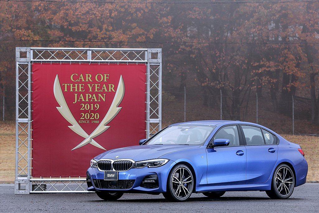 全新第七代BMW 3 Series不僅擁有新世代房車該有的設計與配備水準,還保留...