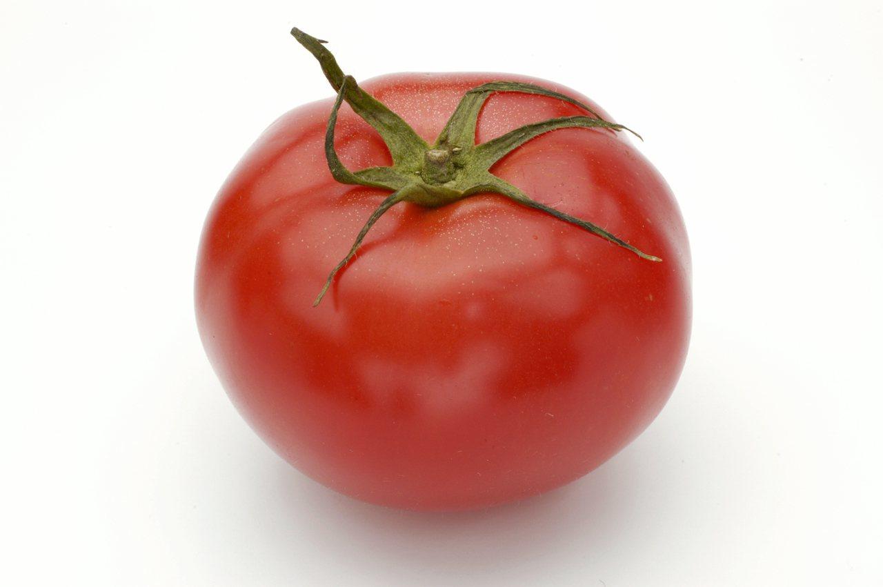 晨光健康營養專科諮詢中心院長趙函穎建議,可多攝取番茄,番茄富含膳食纖維、維生素C...
