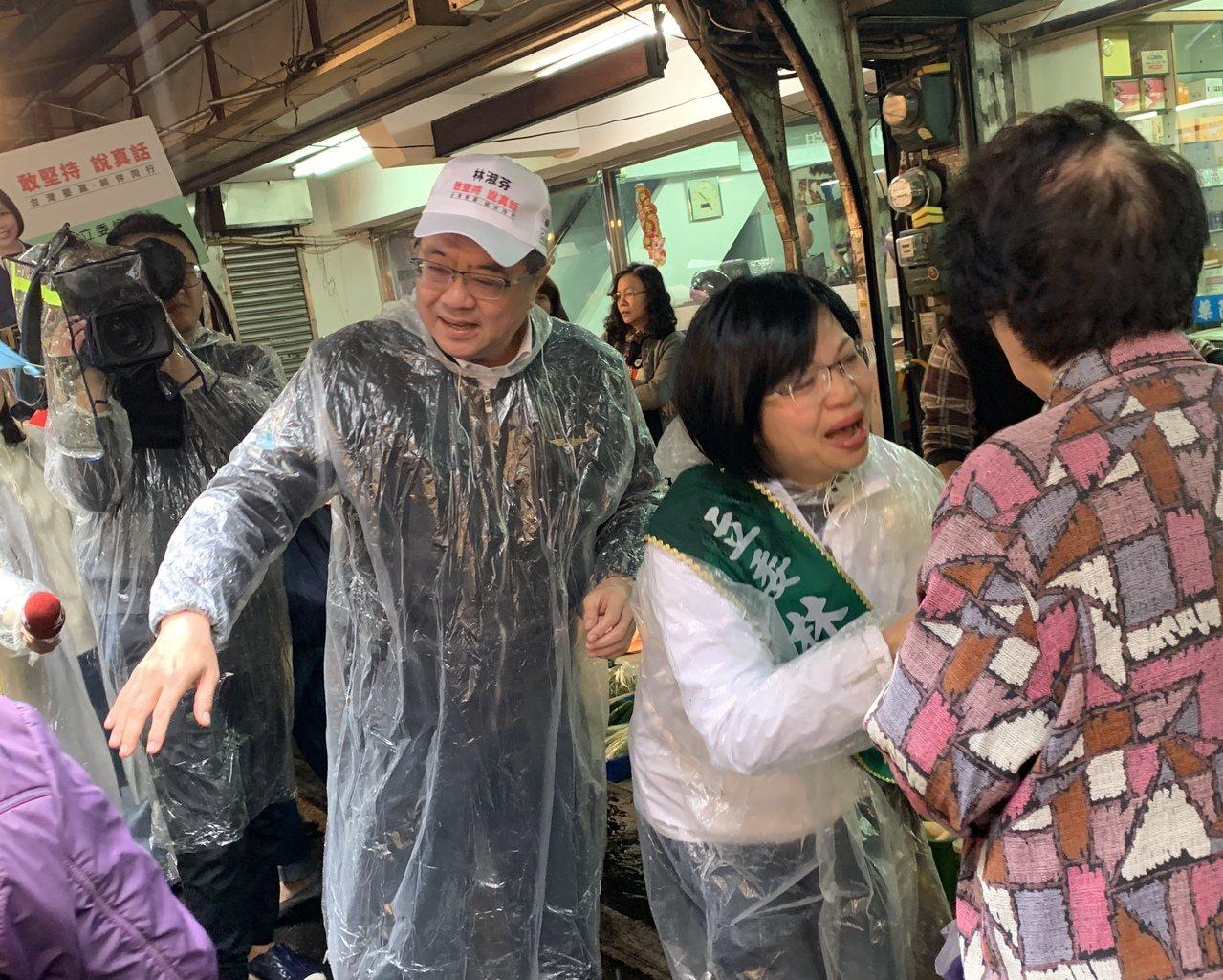 民進黨主席卓榮泰今上午陪同立委林淑芬掃街。記者魏翊庭/攝影