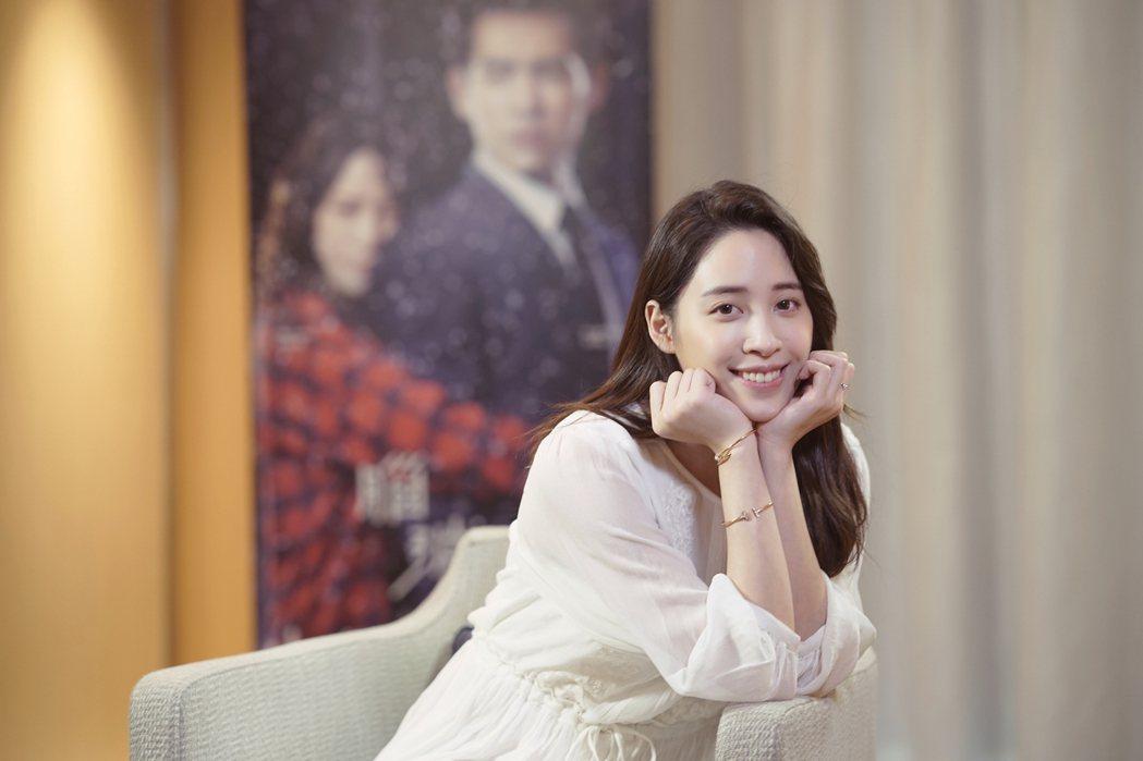 歐陽妮妮出席新加坡電視節,為新戲「腦波小姐」。圖/麗象影業提供
