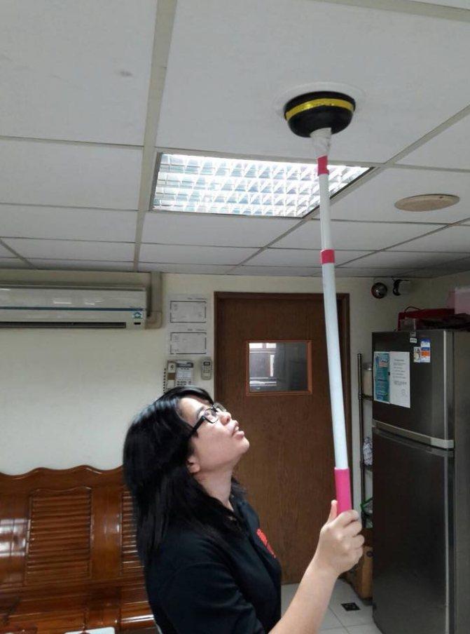 住警器應定時檢查是否正常運作,並確認電池電量是否足夠。記者巫鴻瑋/翻攝