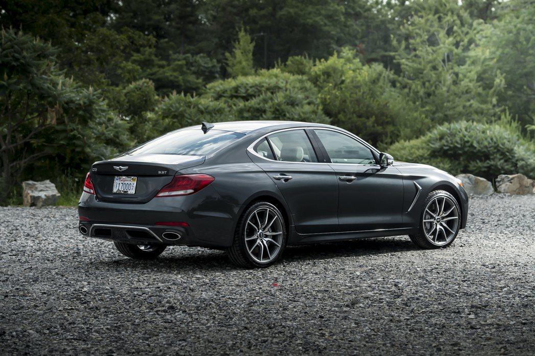 現行美規Genesis G70共有2.0T與3.0T兩種動力車型。 摘自Gene...