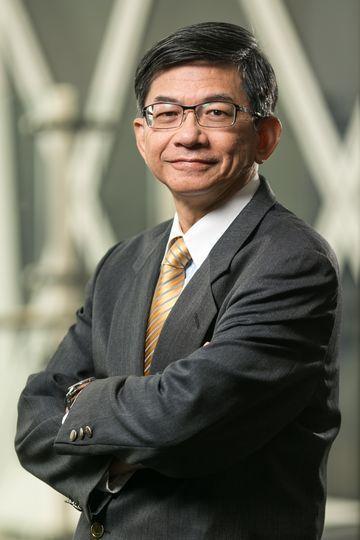 主辦「E之獨秀」發表會的高雄市產業發展協會創新創業委員會主委,也是高雄市產業發展...
