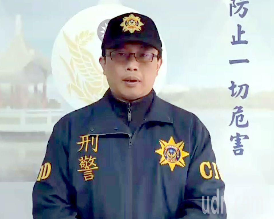仁武警分局偵查隘長陳嘉宏表示,並未接獲報案,但如果確有觸及刑法公然猥褻,將依法偵...