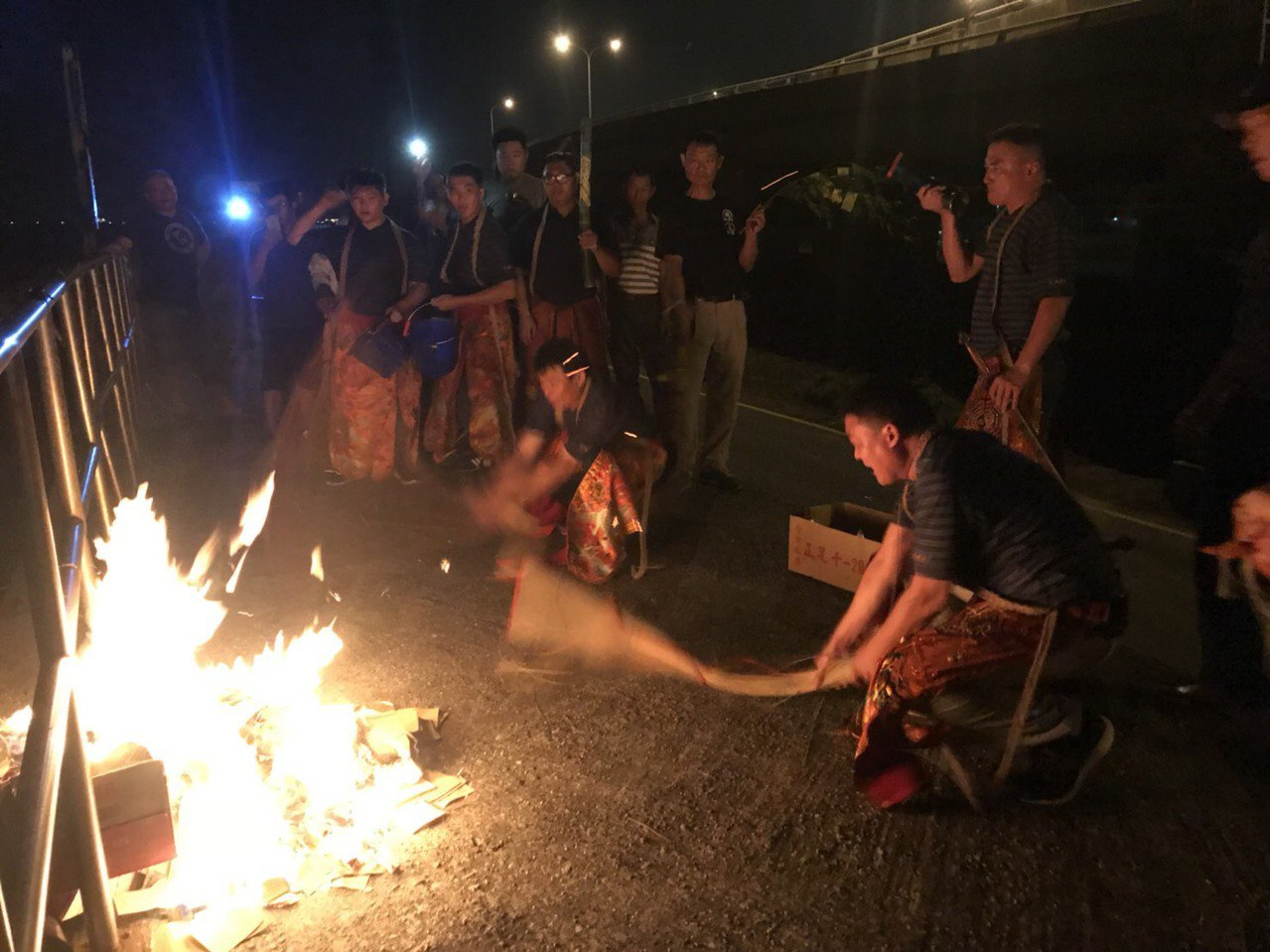 送肉粽儀式對很多民眾而言,充滿神秘與恐懼,但近年來逐漸盛行,神秘面紗被揭開後,很...