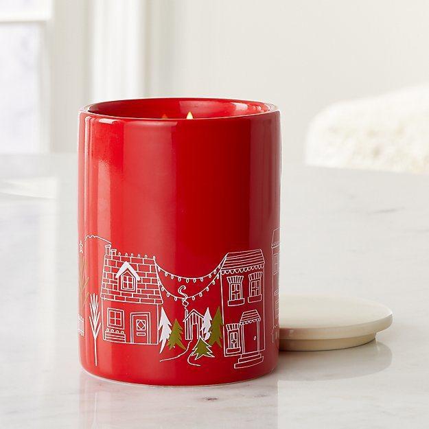 Crate and Barrel Village陶瓷罐香氛蠟燭系列。圖/Crat...