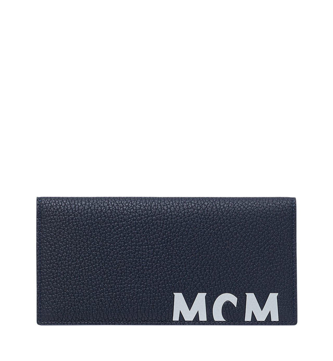 MCM Logo長夾,售價11,000元。圖/MCM提供