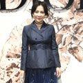 佛系「Pantone經典藍」 劉嘉玲、凱蒂荷姆斯早已搶先穿搭
