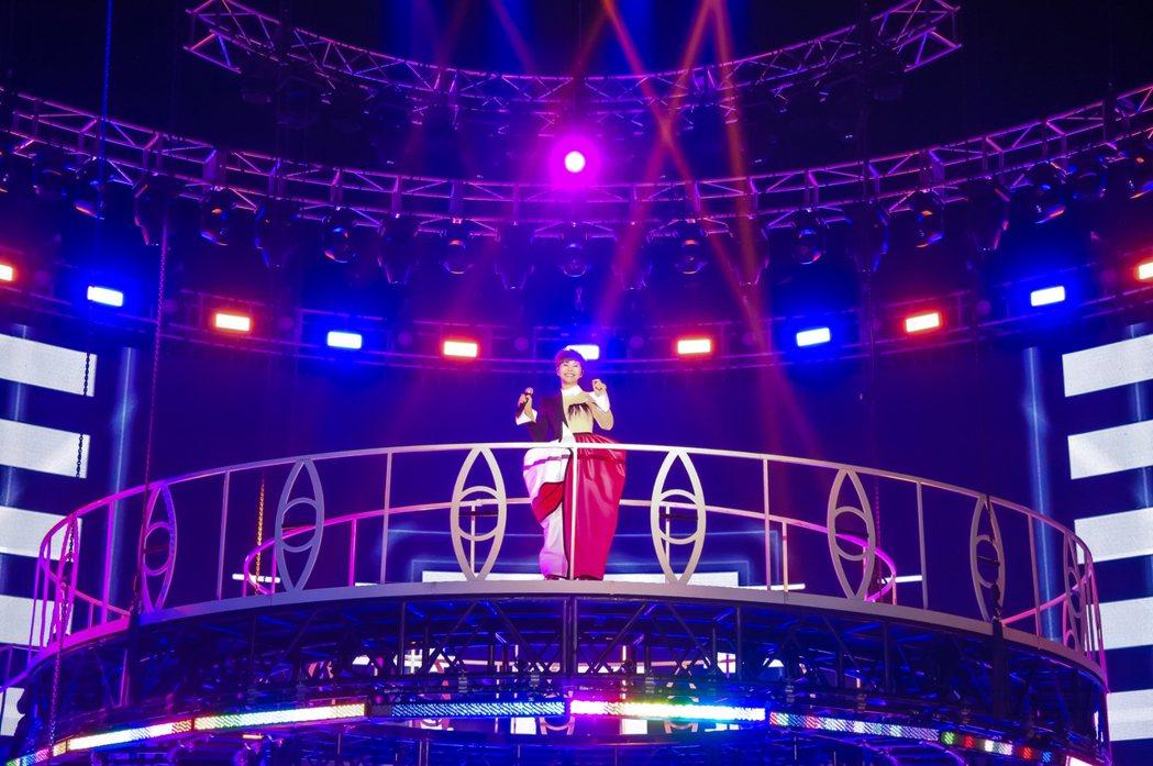 詹雅雯在高雄巨蛋舉辦「30又怎樣」巡演。圖/寬宏提供