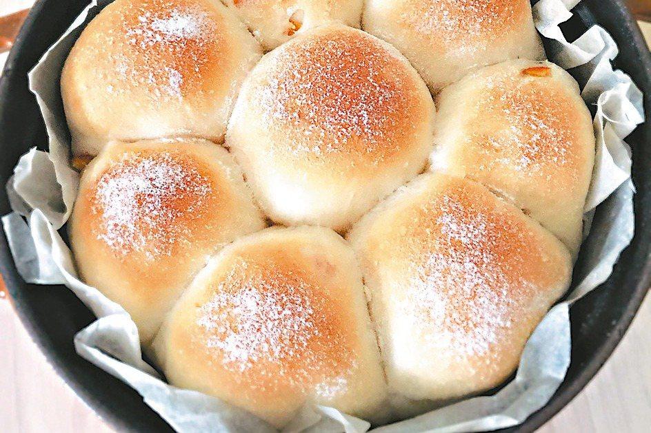 優格橙皮手撕麵包