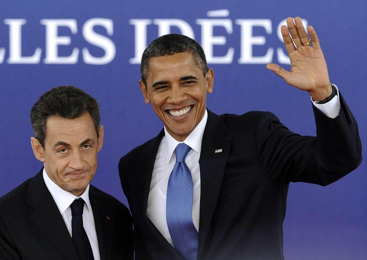 法國前總統沙克吉(左)曾在2011年坎城G20峰會向美國前總統歐巴馬(右)抱怨他...