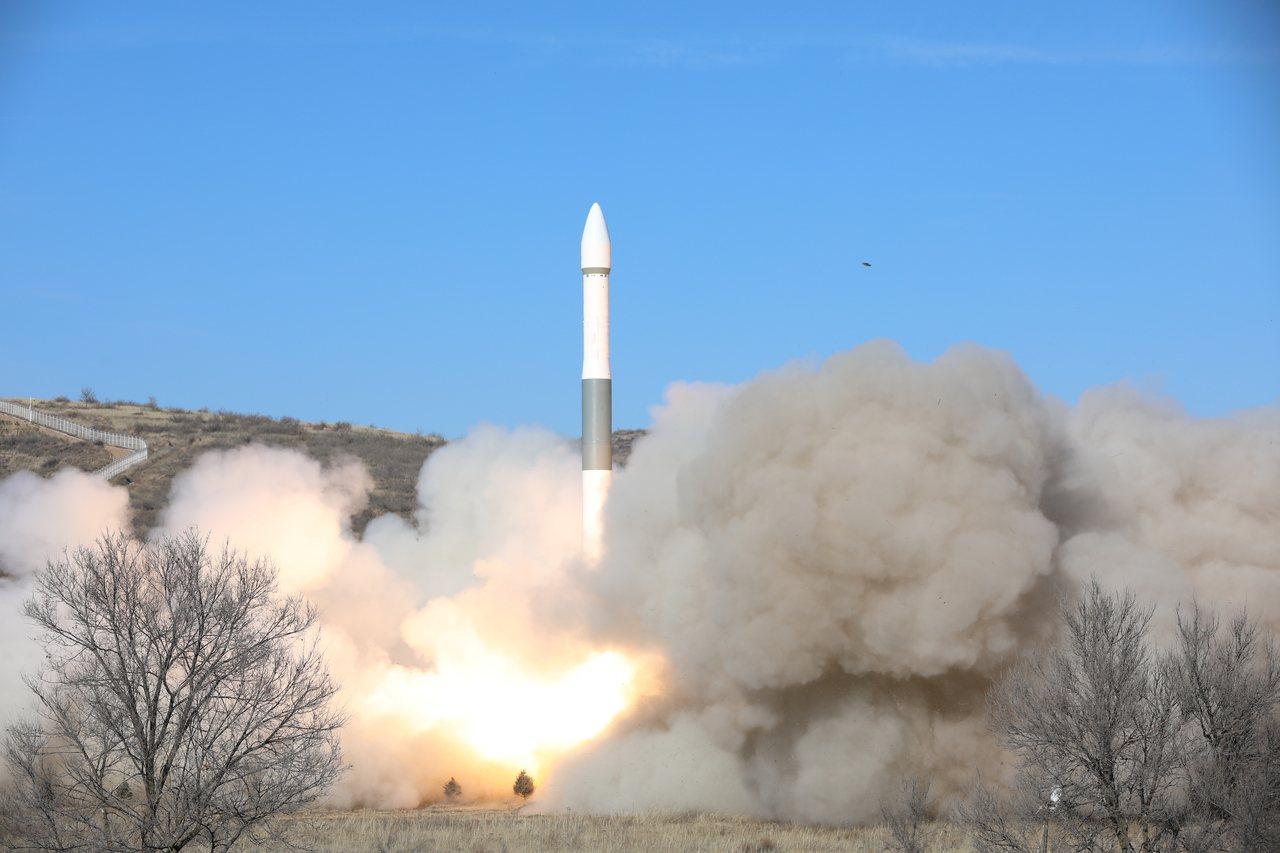 7日10時55分和16時52分,快舟一號甲運載火箭在太原衛星發射中心分別將「吉林...