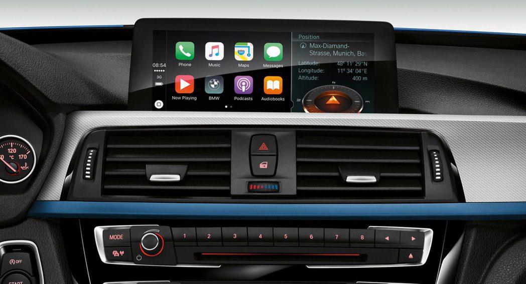BMW車款搭載Apple CarPlay將全面免費。 圖/BMW提供