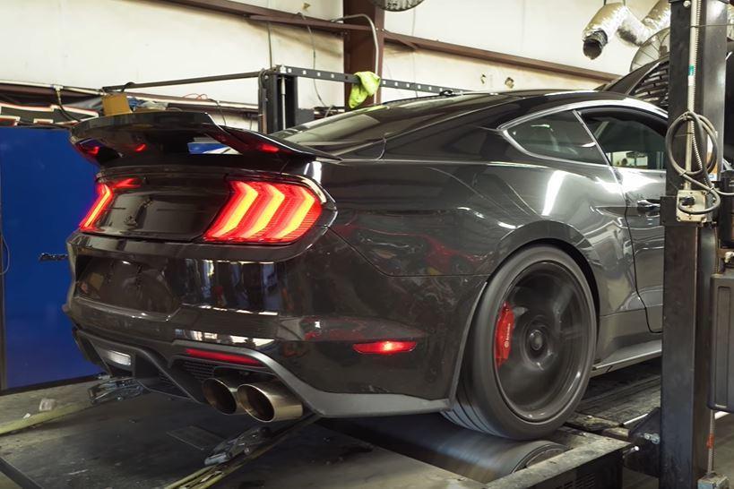 影/史上最強野馬Ford Mustang Shelby GT500有多強?上個馬力機試試吧!