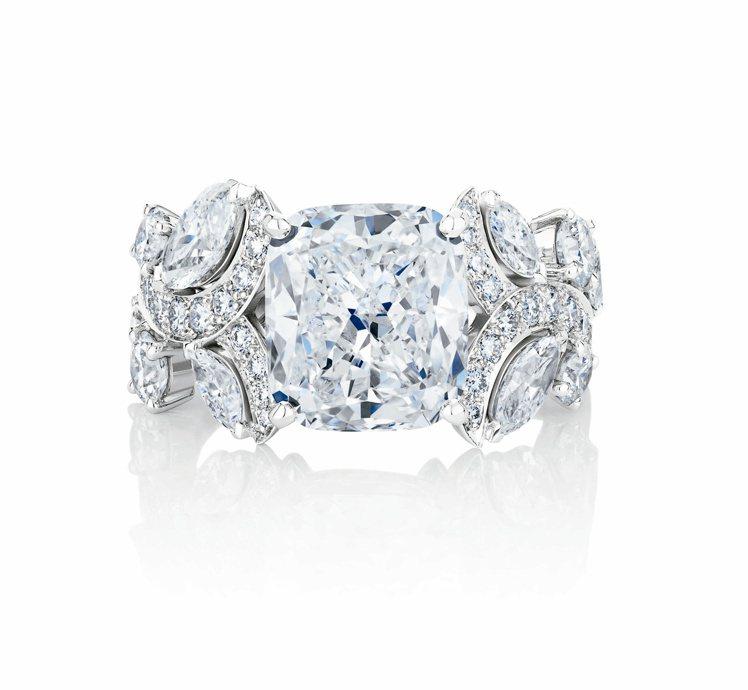 De Beers Adonis Rose系列枕形切割高級珠寶鑽石戒指,鑽石總重約...