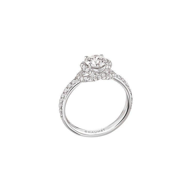 CHAUMET Liens Damour鉑金戒指,主石1.13克拉,約130萬元...