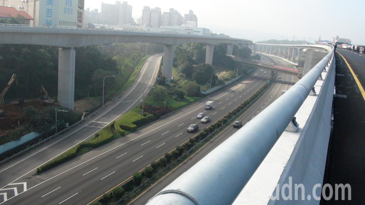 五楊高延伸頭份可行性評估報告,交通部鎖定兩方案。本報資料照片